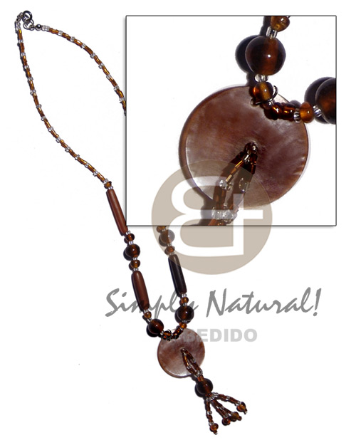 Philippine 30mm brownlip in glass beads shell necklace