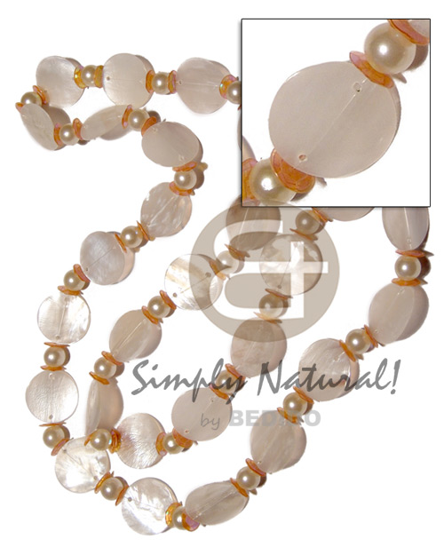 Philippine 27 pcs. single row 25mm shell necklace