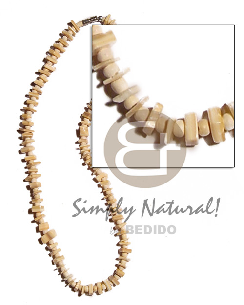 Wholesale sq. cut melo chips shell necklace