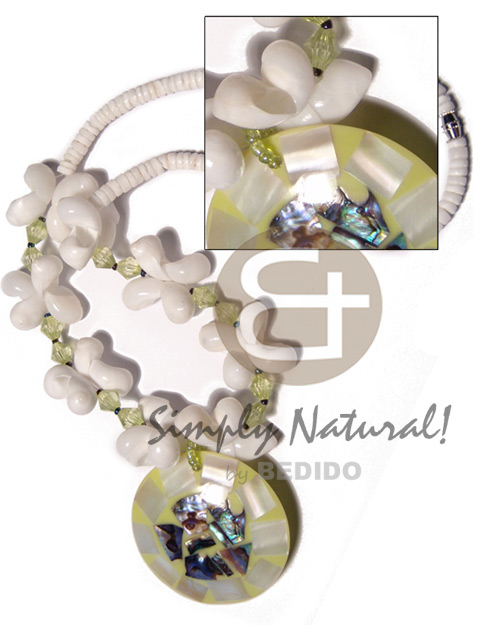Natural 4-5mm white clam heishe shell necklace
