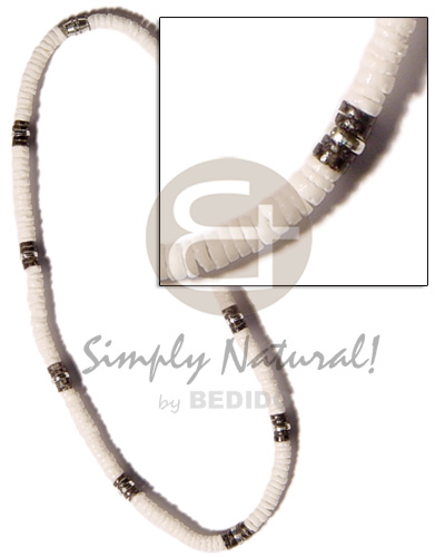 Native black white clam combination shell necklace