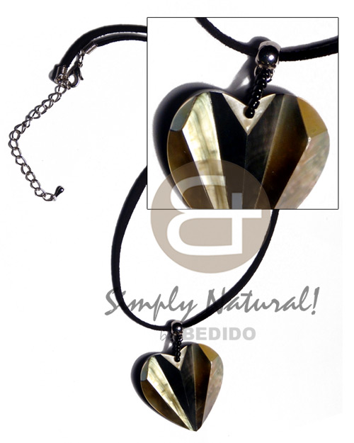 Native 36mmx32mm laminated blacklip mop combination accordion shell necklace