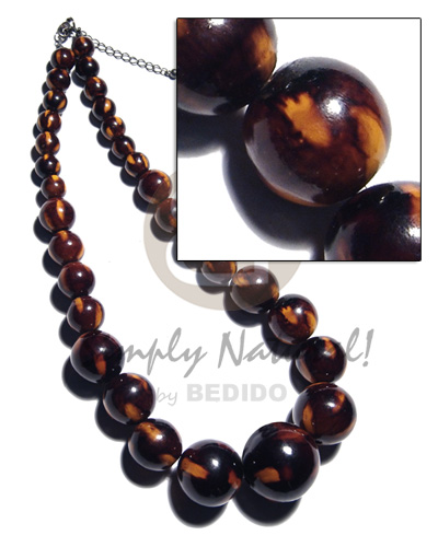 Handmade 31 pcs. of round wood necklace
